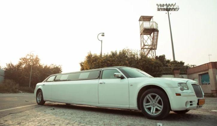 These Things Are Included With Full Service Limousines